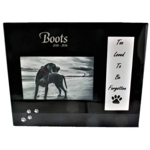 Pet memorial picture frame. black glass with tribute message